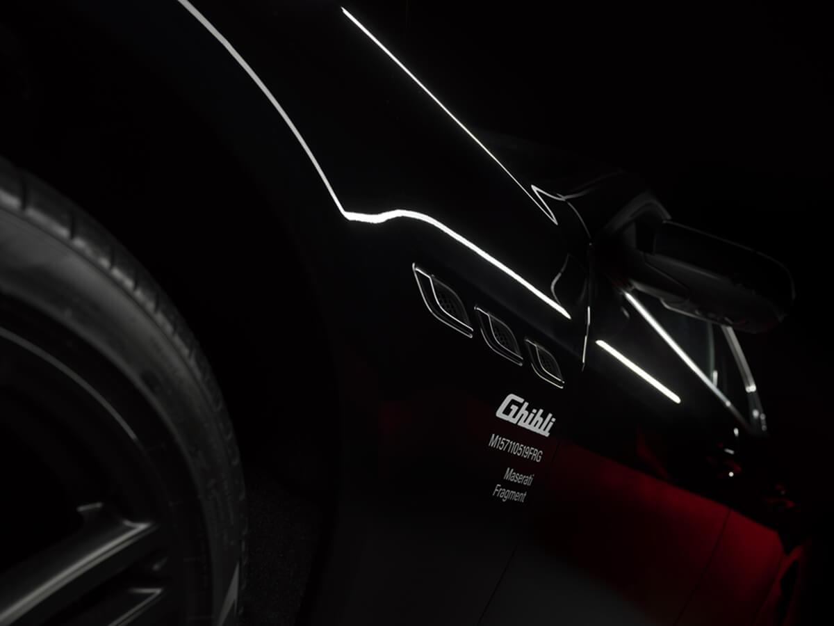 07_Maserati_Ghibli_Fragment_Special_Edition.jpg