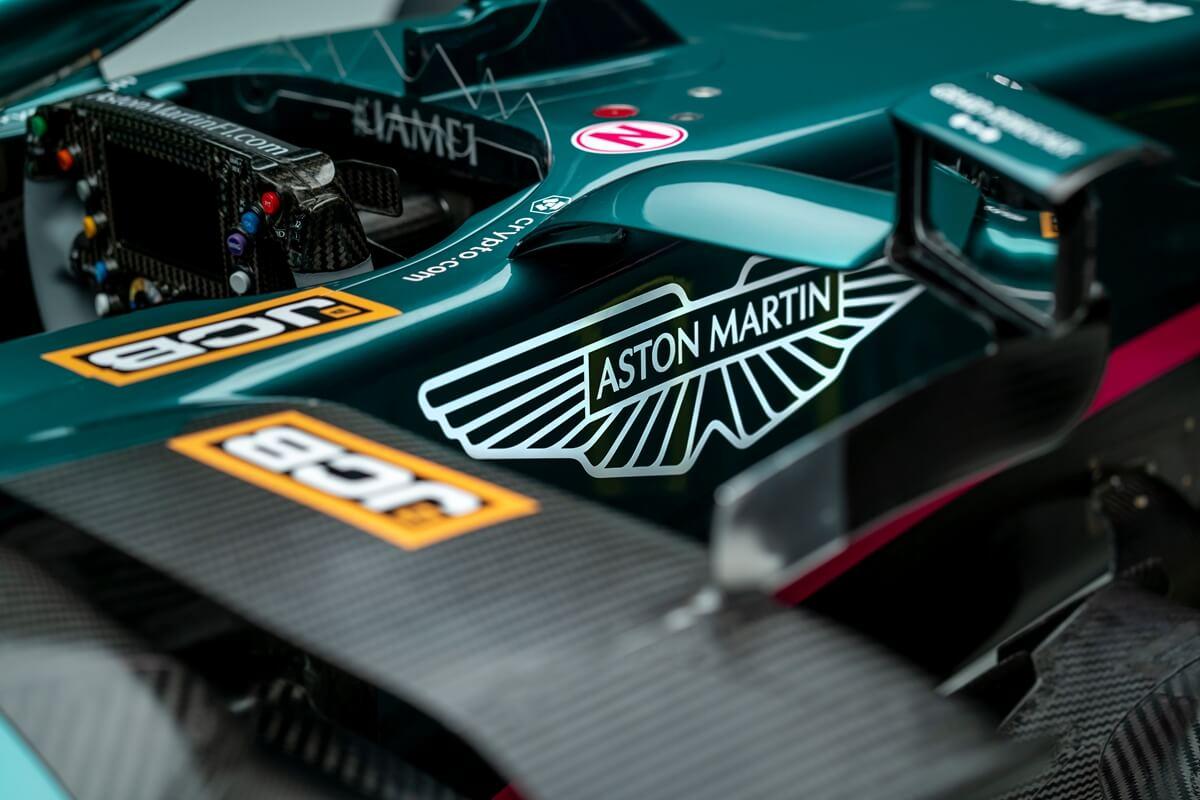 Aston Martin Cognizant Formula One® Team_AMR21_08.jpg