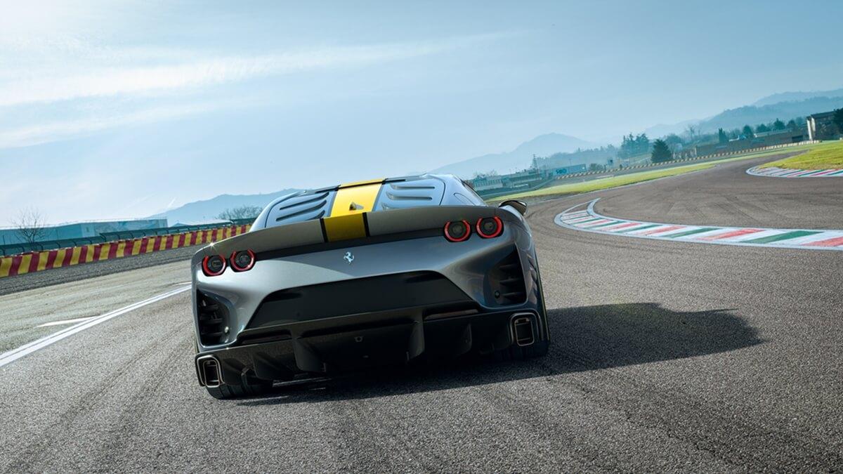 Ferrari_limited_series_V12_special_5.jpg