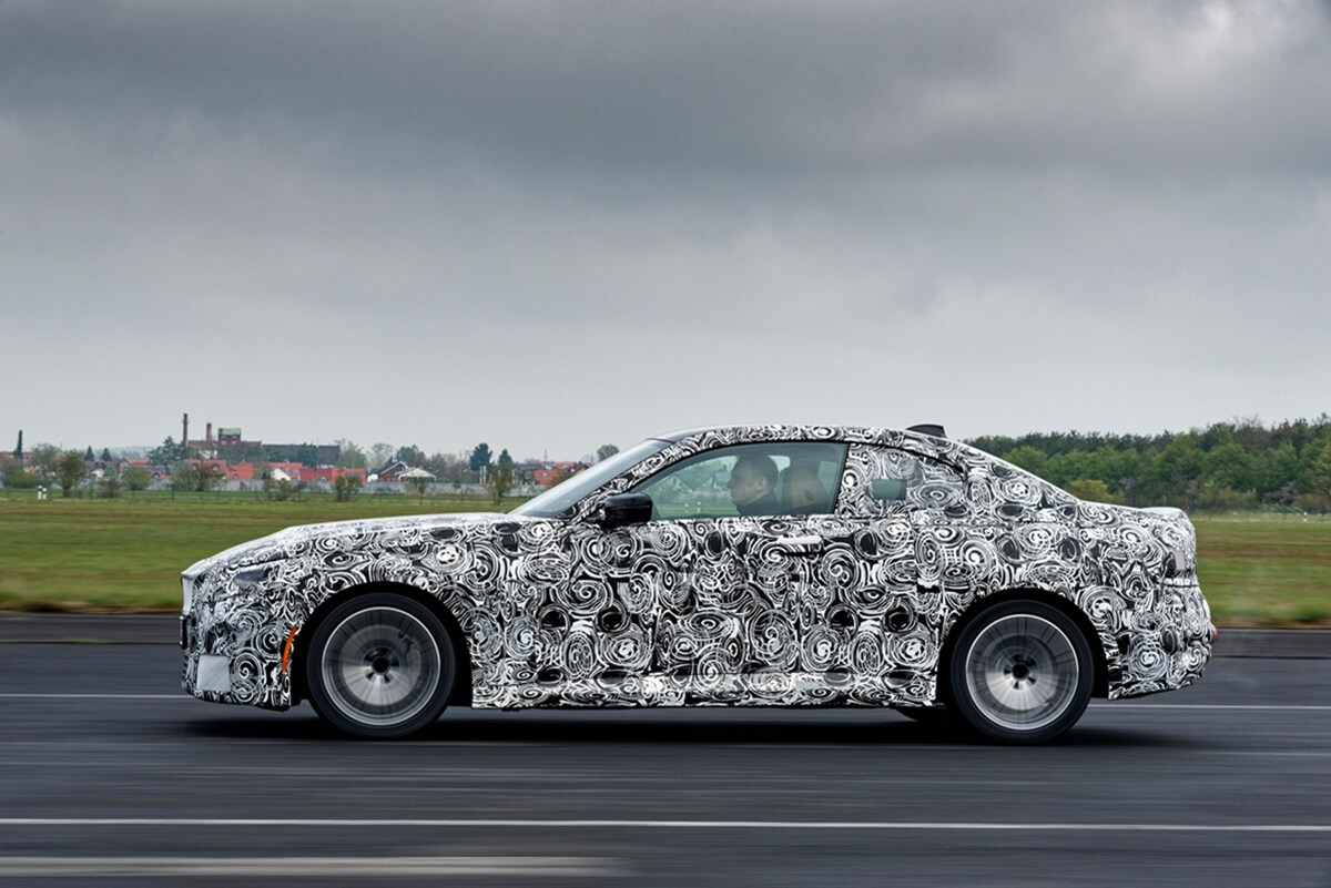 P90420629_highRes_the-all-new-bmw-2-se.jpg