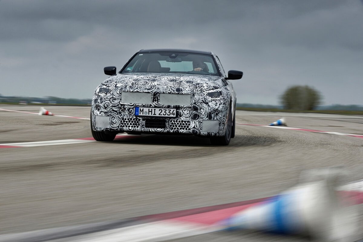 P90420641_highRes_the-all-new-bmw-2-se.jpg