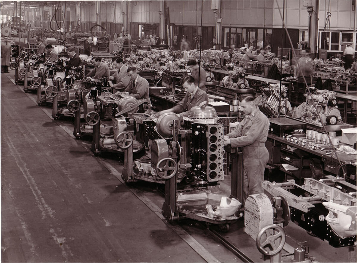 75yearsatCrewe-6-1950sengineproduction.JPG