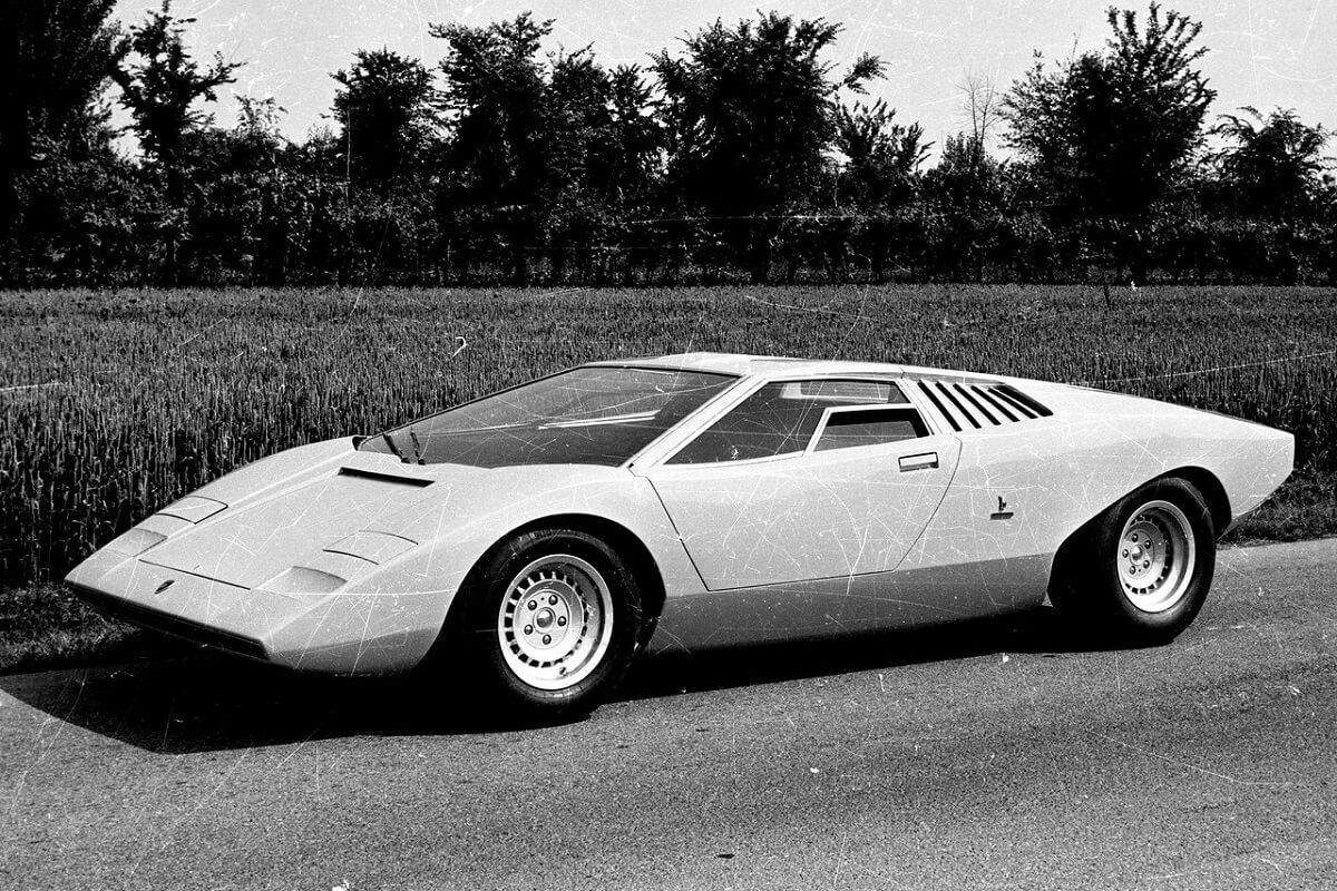 Lamborghini-Countach_LP500_Concept-1971-1.jpg
