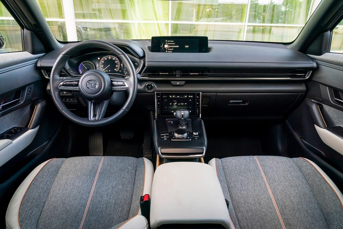 Mazda-MX-30-GT-Sport-Tech-Detail-15.jpg