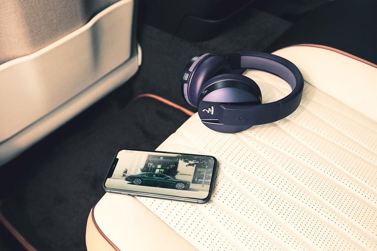 BentleyRearEntertainment-5.jpg