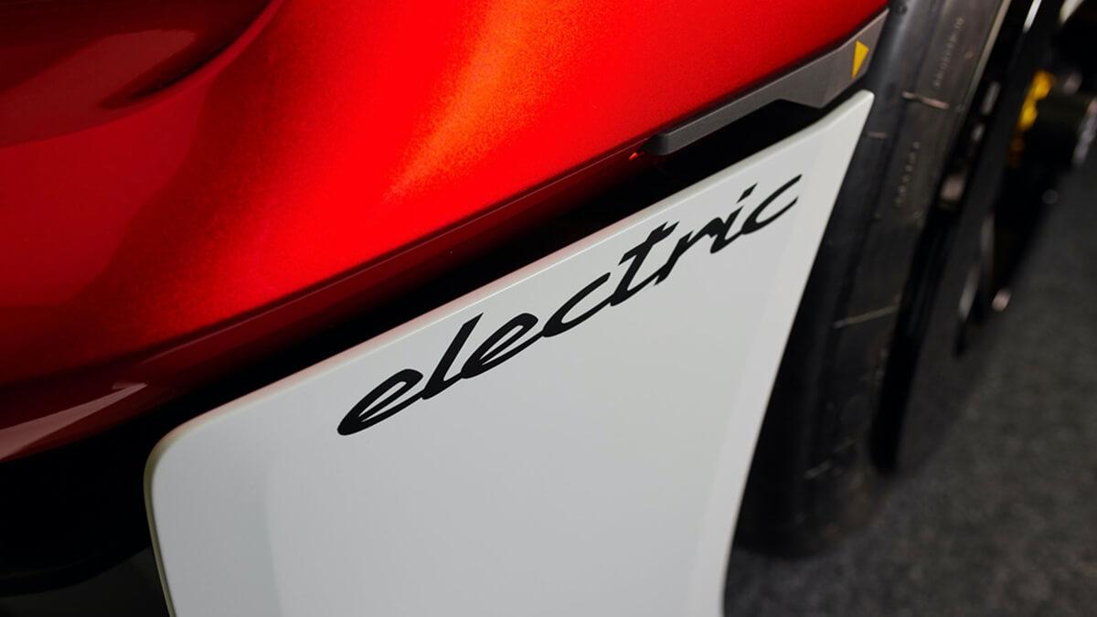 300821-Porsche0253LDN.jpg