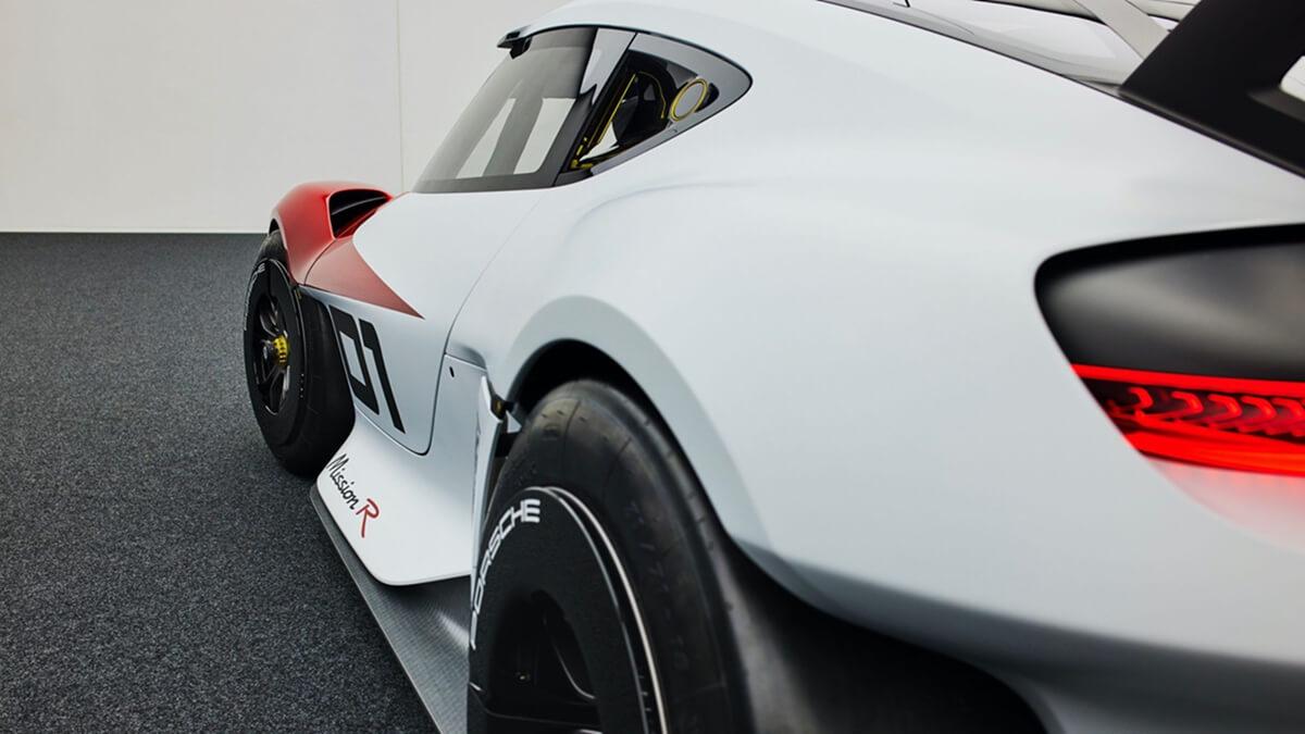 300821-Porsche0461LDN.jpg
