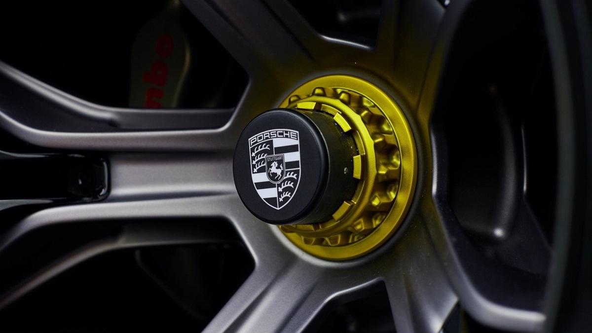 300821-Porsche0508LDN.jpeg