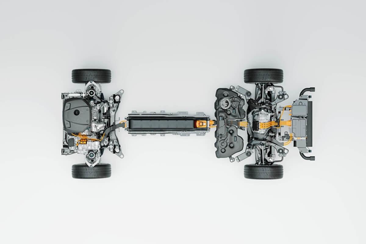 285880_Technical_cutaway_Volvo_Cars_new_Recharge_plug-in_hybrid_powertrain.jpg