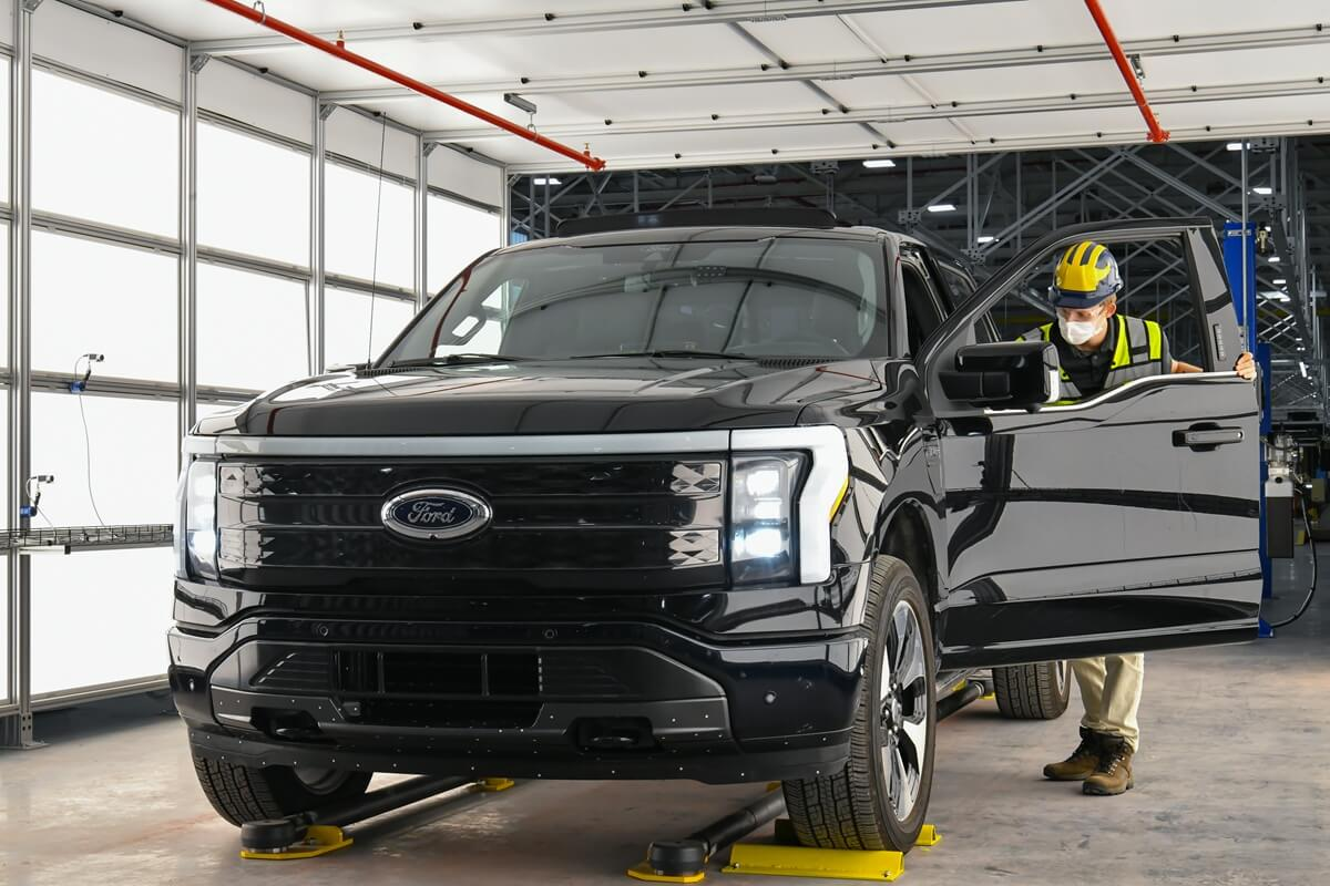 Ford Rouge Electric Vehicle Center_20.jpg