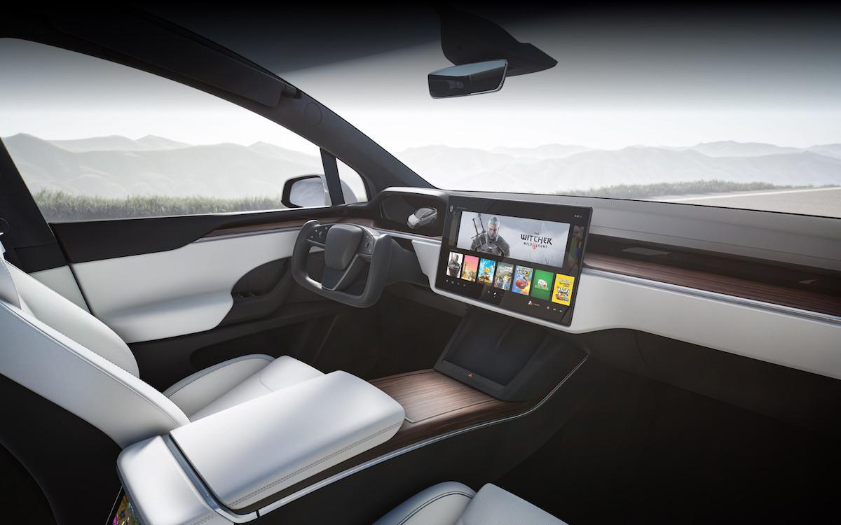 Model X 全新內裝設計.jpeg