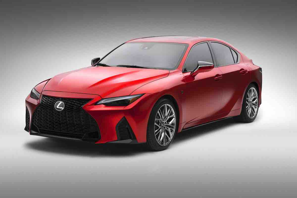 2022_Lexus_IS_500_F_SPORT_Performance_006.jpg
