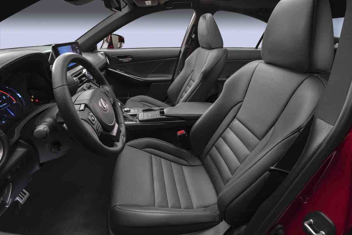 2022_Lexus_IS_500_F_SPORT_Performance_040.jpg