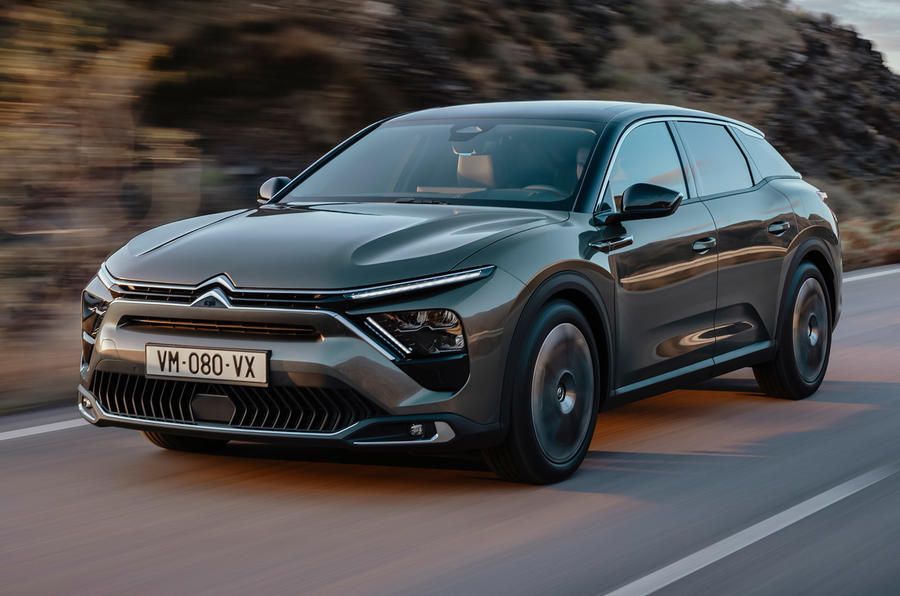 99-citroen-c5x-official-reveal-images-tracking-front.jpeg