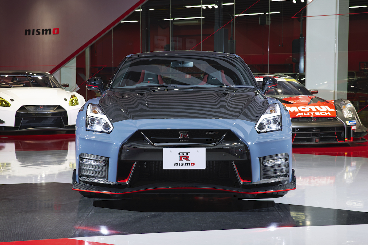 22MY_New_GT-R_NISMO_2776-source.jpg