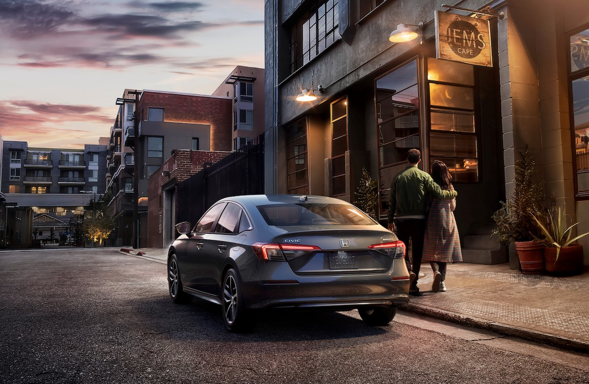 02 2022 Honda Civic Sedan Touring.jpg