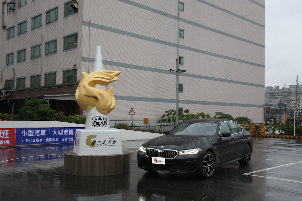 16 2021最佳進口豪華中大型車 BMW 5 Series.JPG