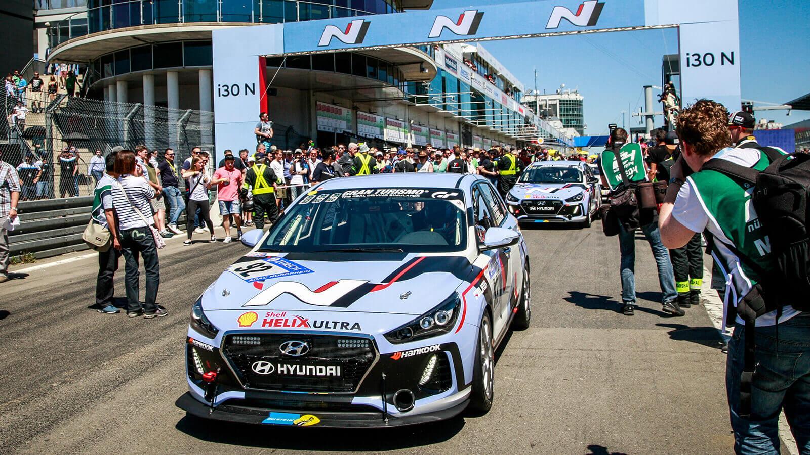 gallery-Motorsport-24h-01 (1).jpg