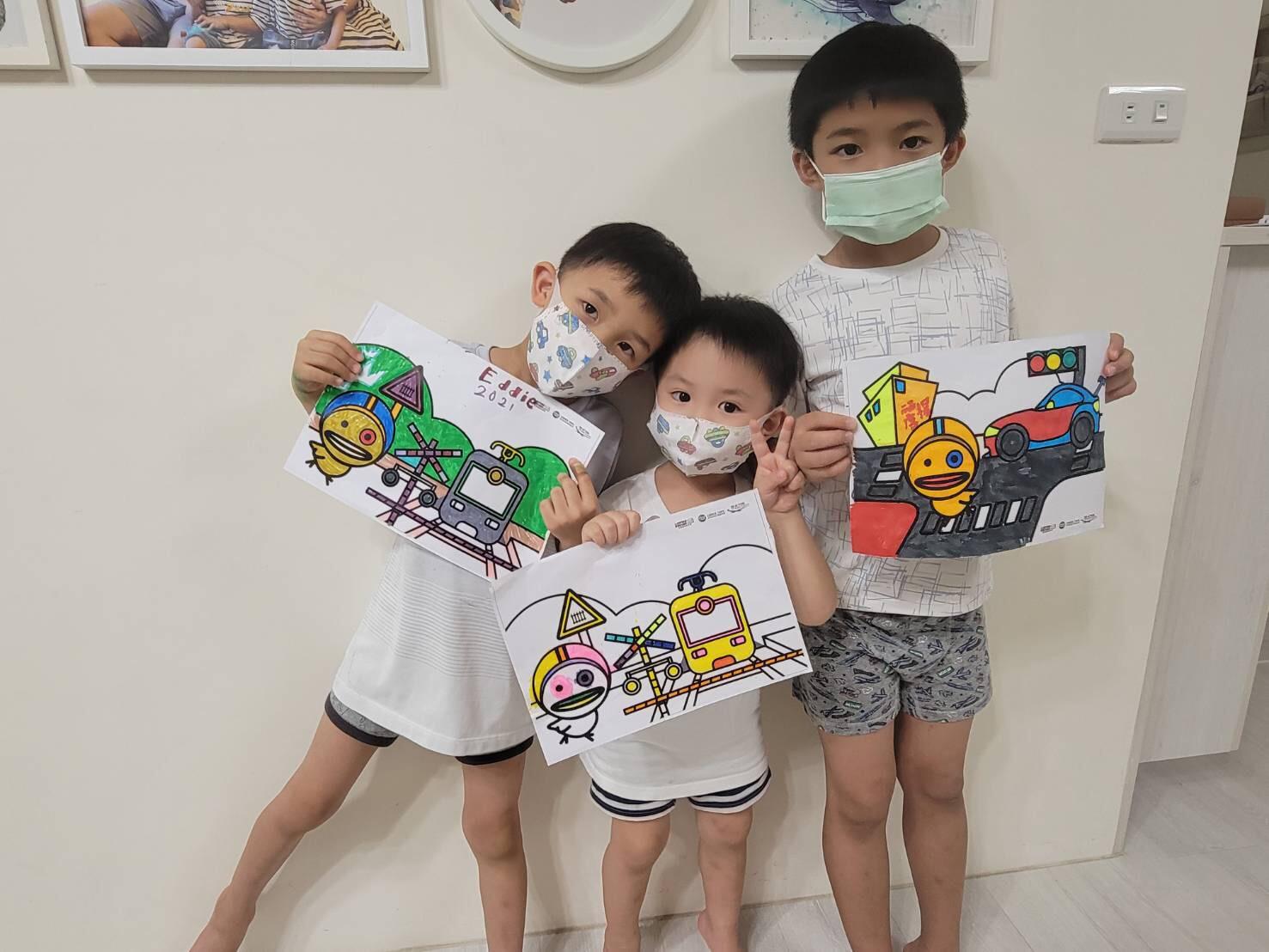 中華車會推出道安著色卡,讓孩子停課在家也可以學習道安知識.jpg