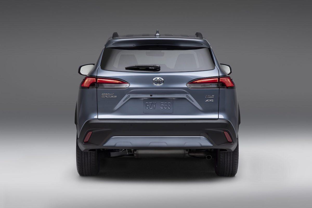 2022_Toyota_Corolla_Cross_Celestite_005-scaled.jpg