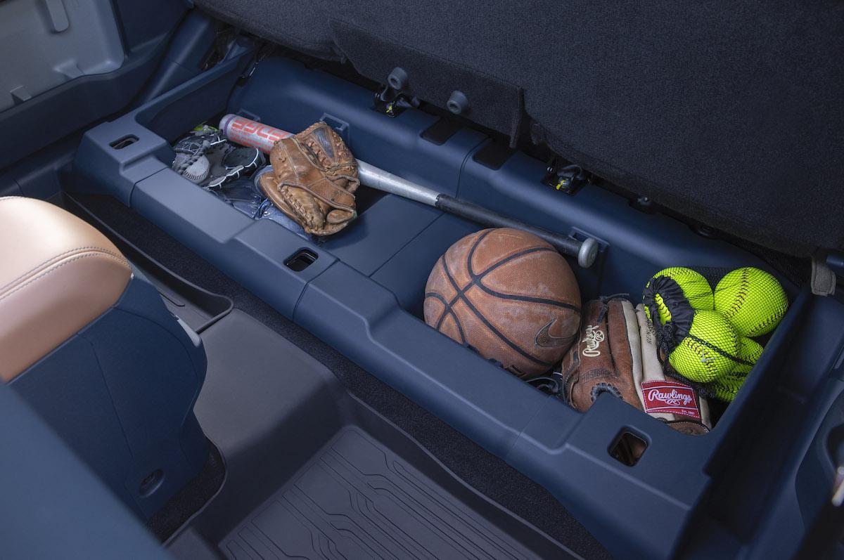 Ford-Maverick_2L-EcoBoost-AWD_Lariat_23.jpg