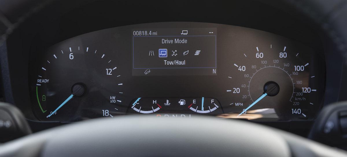 Ford-Maverick_Hybrid_XLT_17.jpg