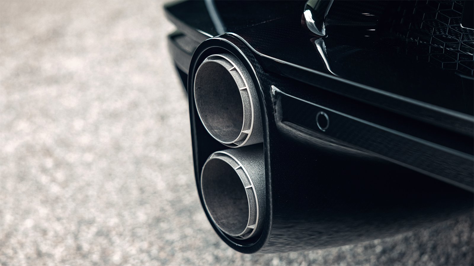 03-07_bugatti_chiron_super_sport_molsheim_front_rear_exhaust.jpeg