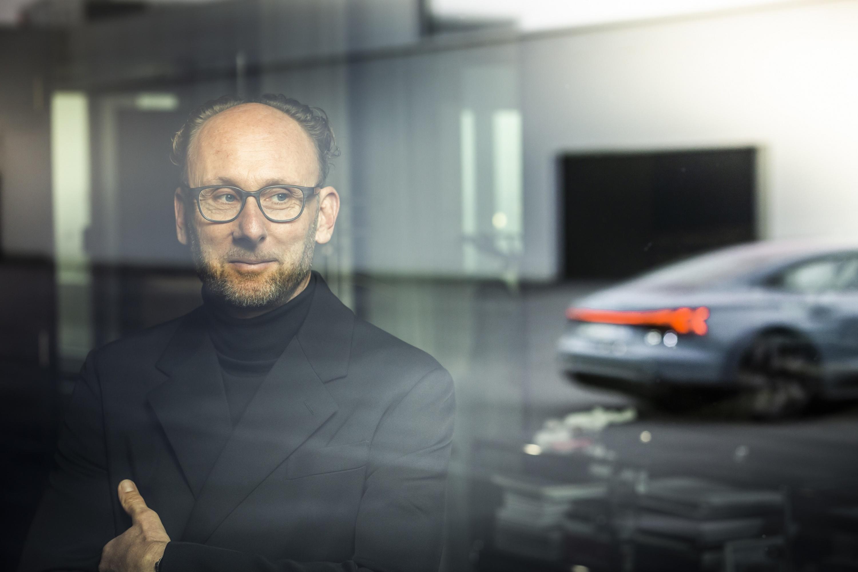 圖8_Audi 首席設計師 Marc Lichte與Audi e-tron GT.jpg