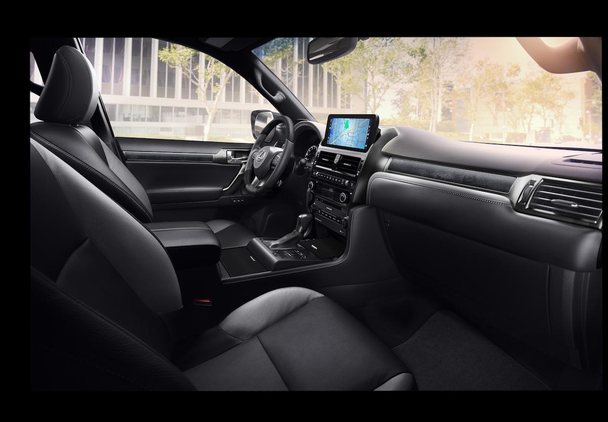 2022-Lexus-GX-Black-Line_4.jpg