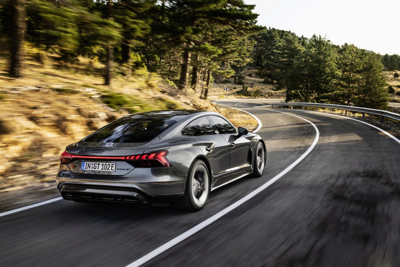 Audi RS e-tron GT_2.jpg