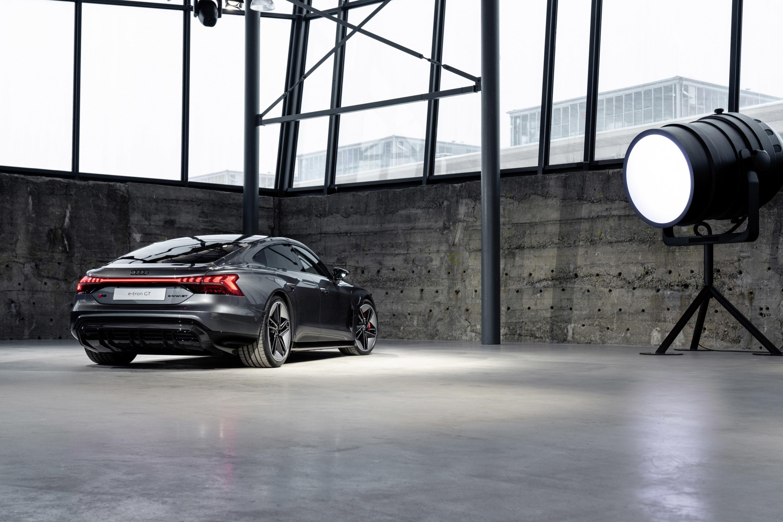 Audi e-tron GT.jpg