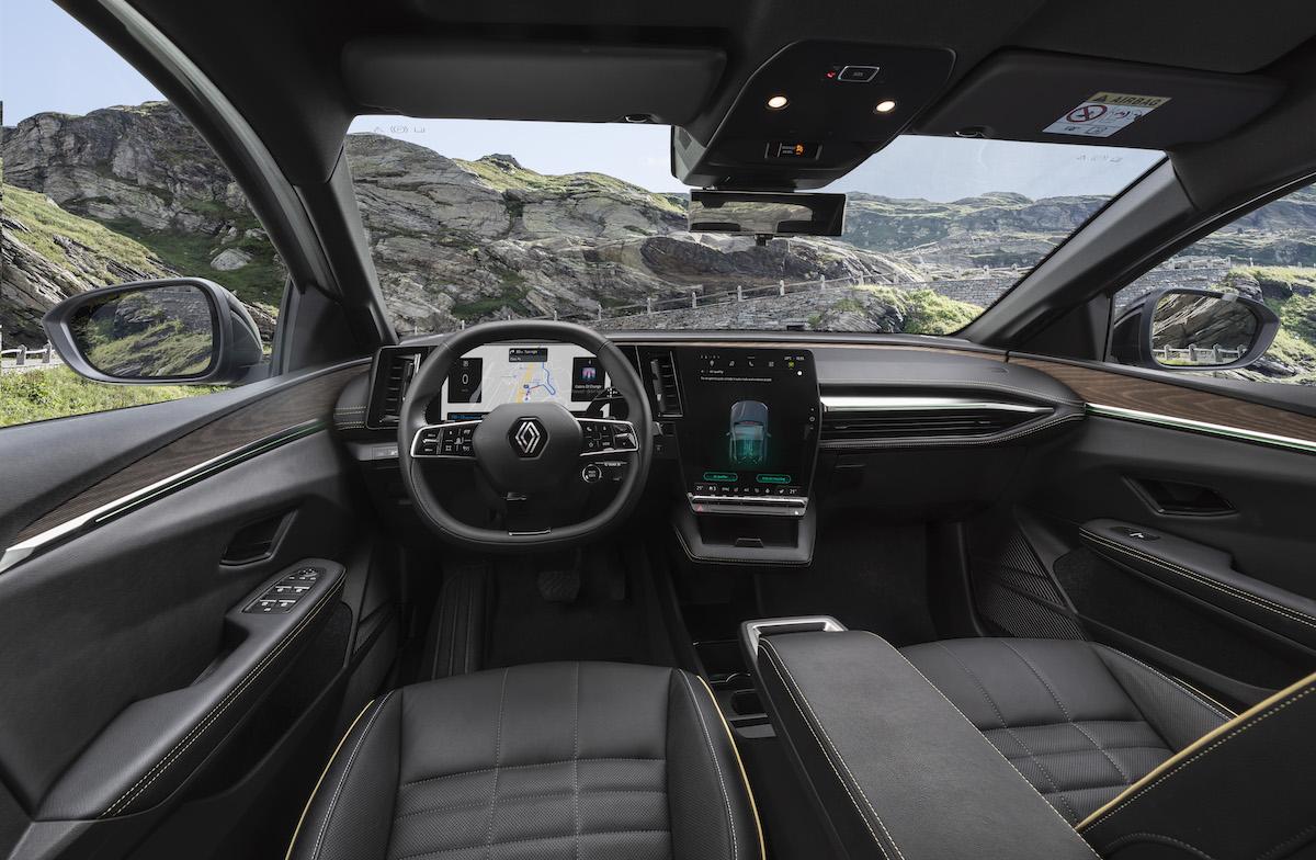 13-2021 - New Renault Mégane E-TECH Electric - Nature.jpeg