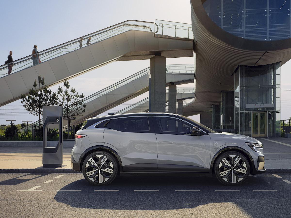 3-2021 - New Renault Mégane E-TECH Electric - Urban.jpeg