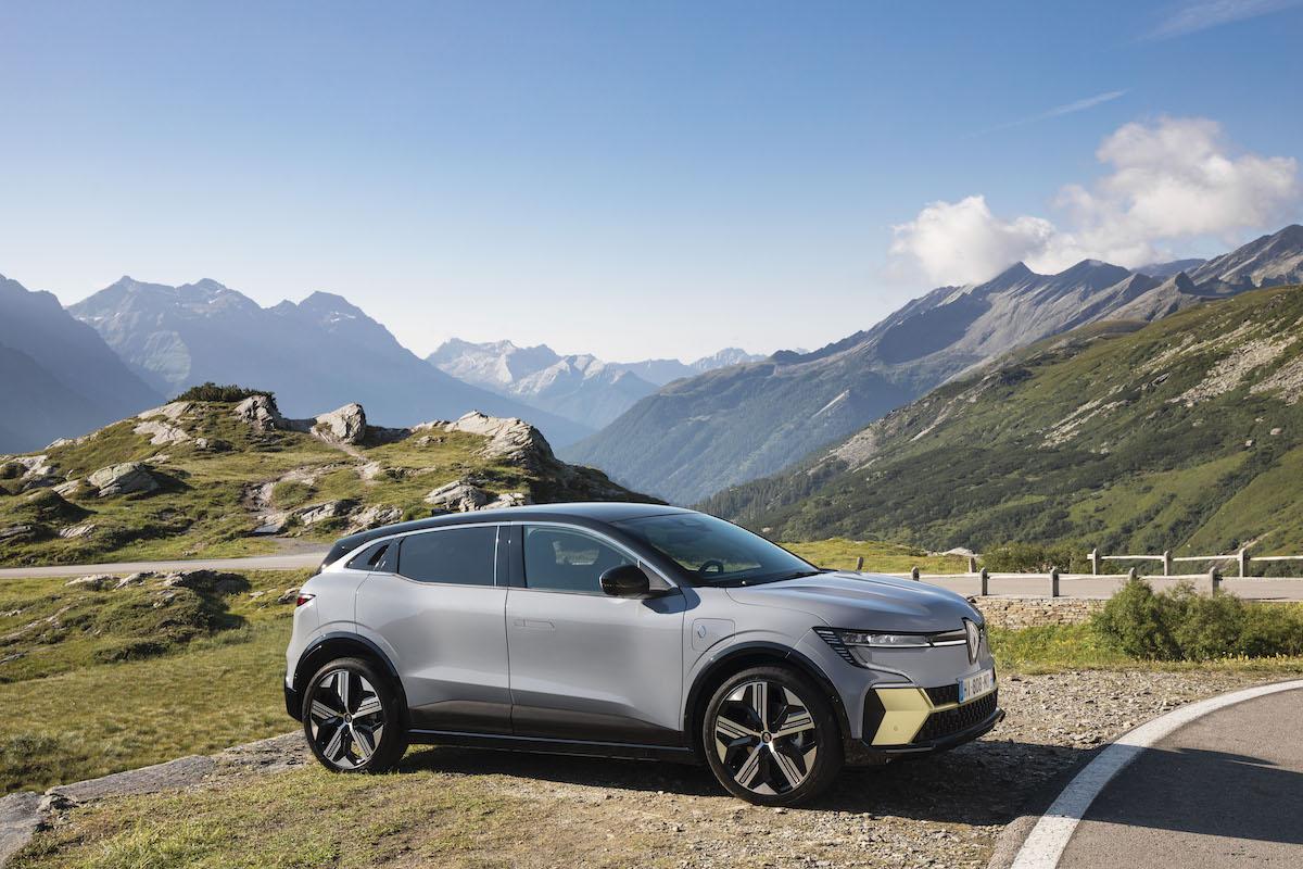 9-2021 - New Renault Mégane E-TECH Electric - Nature.jpeg