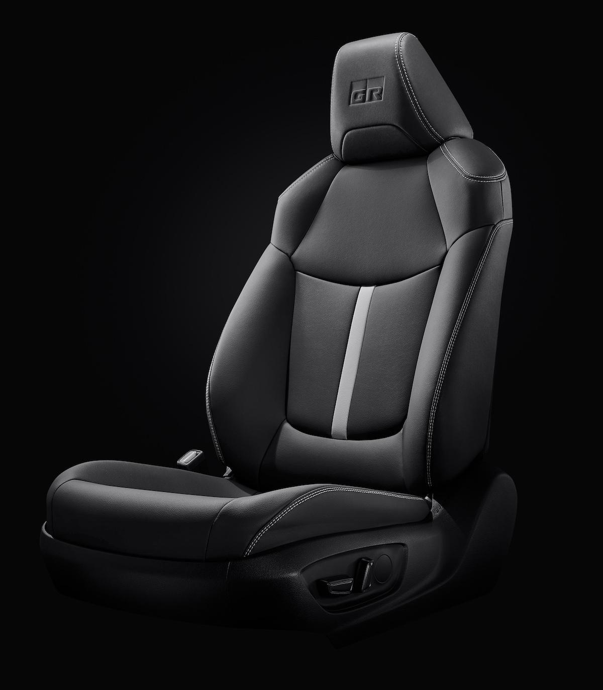 GR SPORT專屬座椅設計.jpg