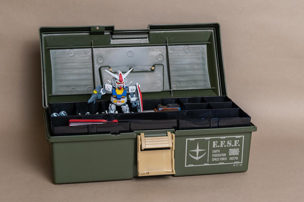 16-2 鋼彈收納工具箱.jpg