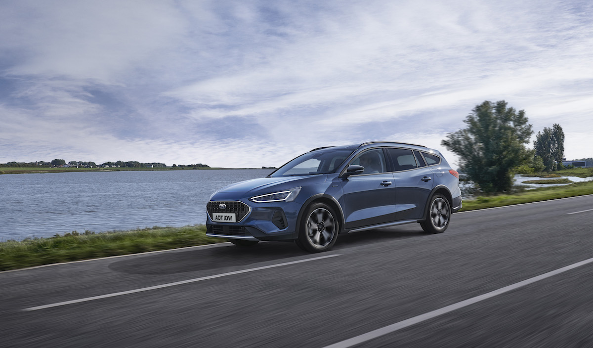 2021_FORD_FOCUS_ACTIVE_OUTDOOR_03.jpg