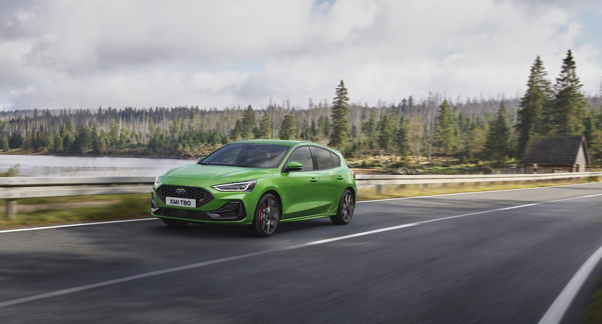 2021_FORD_FOCUS_ST_OUTDOOR_02.jpg