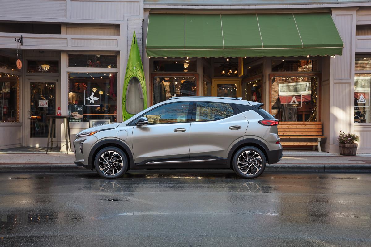 2022-Chevrolet-BoltEUV-008.jpg