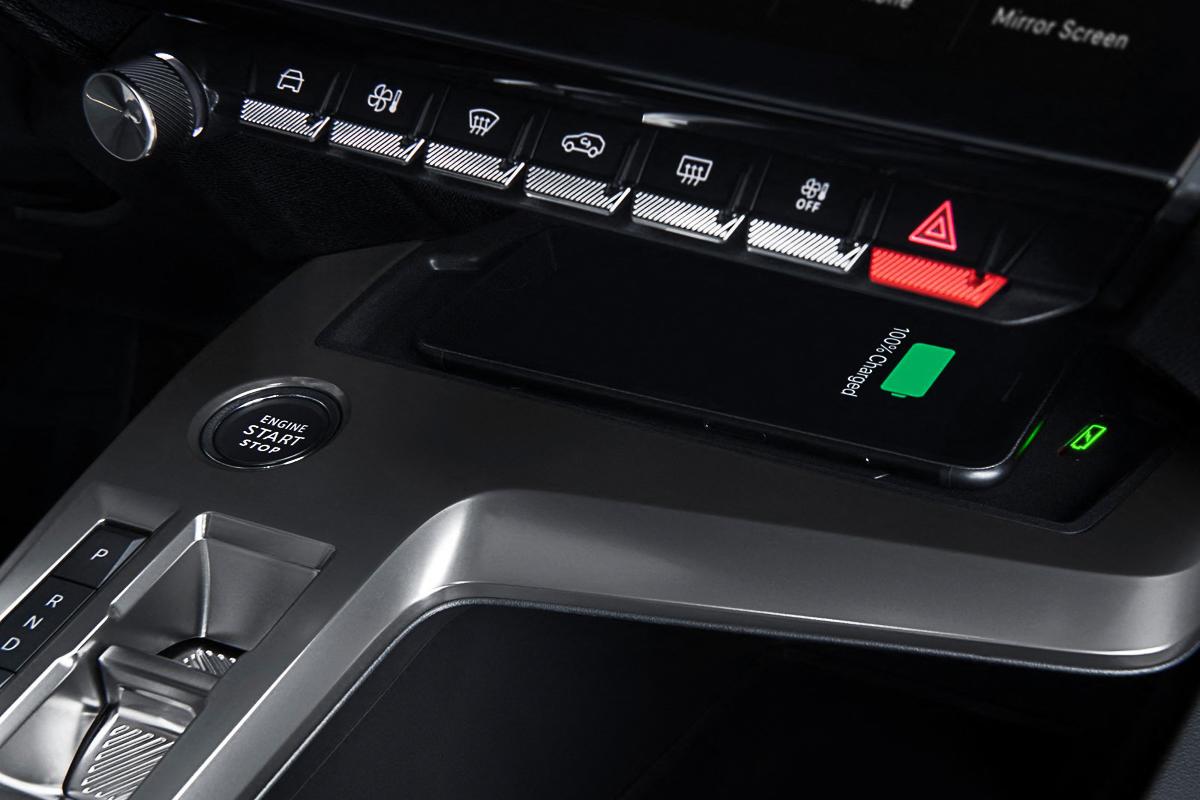 Peugeot-308-2022-1600-27.jpg