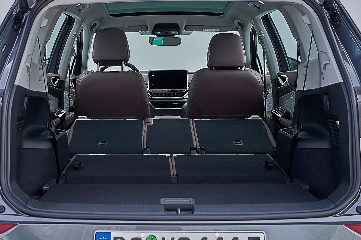 Volkswagen-ID.6_CN-Version-2022-1600-0f.jpg