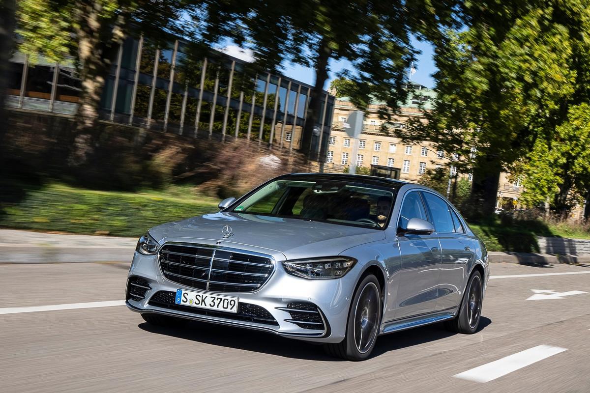 Mercedes-Benz-S-Class-2021-1600-1f.jpg