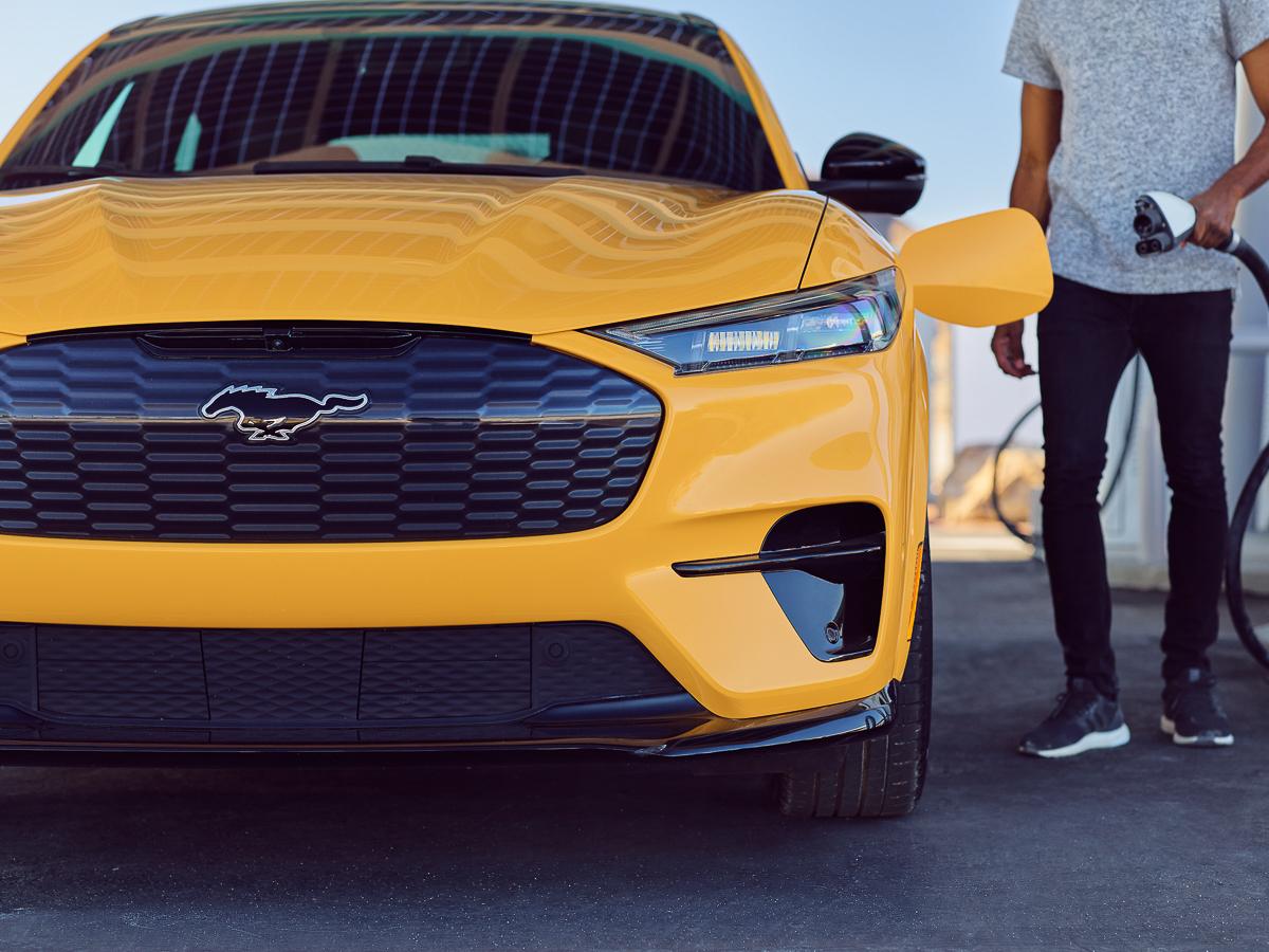 Mustang-Mach-E-GT-Performance-Edition-03.jpg