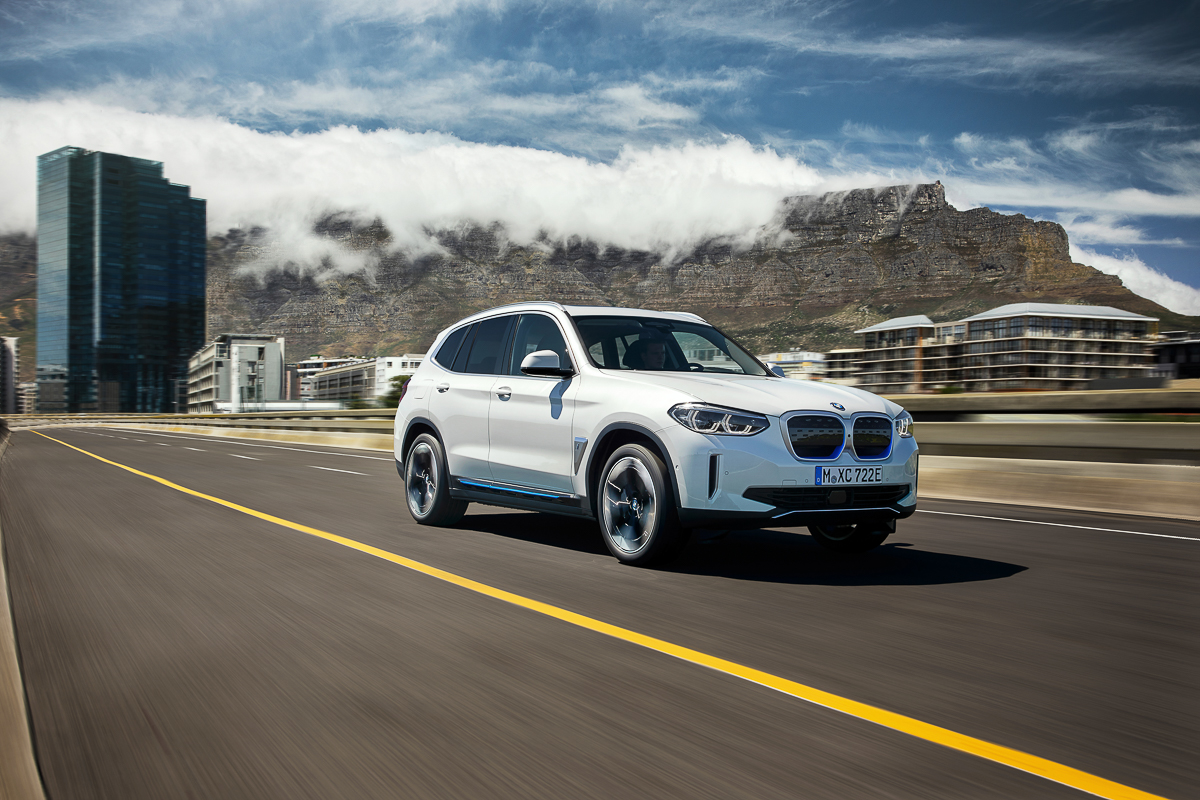 P90392971_highRes_the-first-ever-bmw-i.jpg