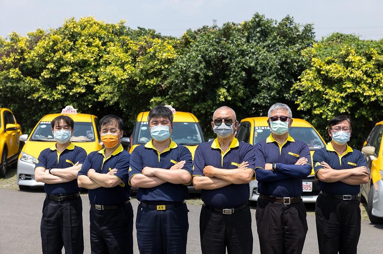 【圖二】台灣大車隊全額補助司機接種本次AZ疫苗,從協助司機們降低病毒威脅機會做起,進而同時保護乘客健康安全.jpg