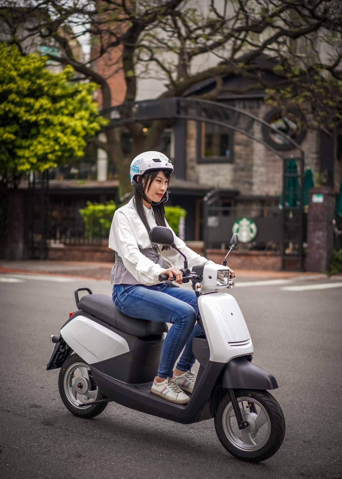 2021年式中華eMOVING電動自行車全新上市  指定車款再享最高$2,000元購車金.jpg